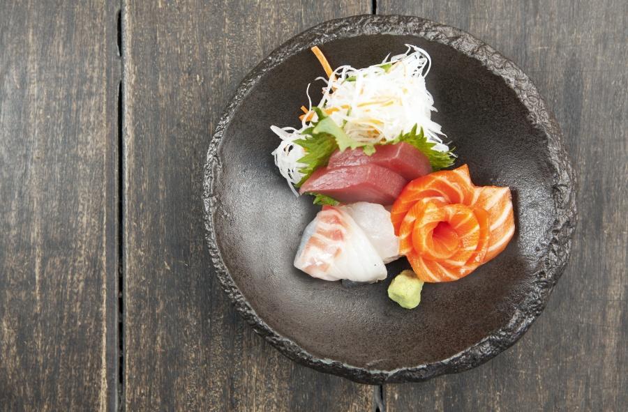 Izakaya Den Signature Sashimi