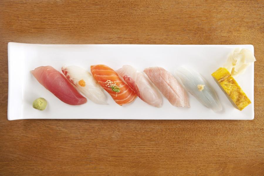 Izakaya Den Sushi